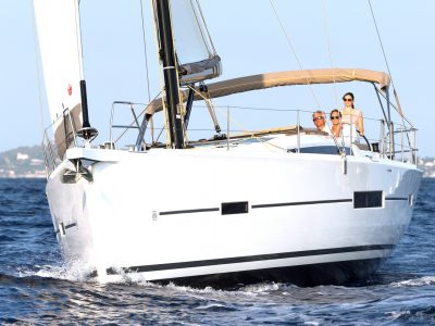 Thrace Yachting Dufour 520